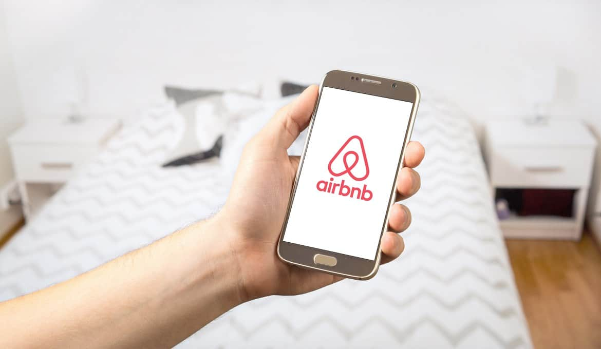 airbnb booking forologia